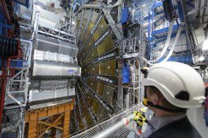 H ελληνική καρδιά χτυπά δυνατά στα άδυτα του CERN