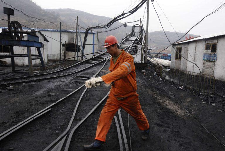 """Κίνα: """"Πεθαίνουν"""" οι ελπίδες για επιζώντες   Newsit.gr"""