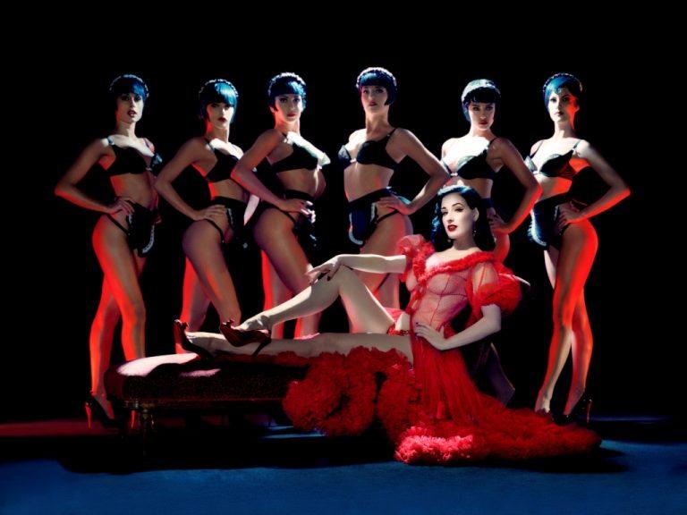 Οι γυμνές χορεύτριες του Crazy Horse θα πάρουν τελικά αυξήσεις!   Newsit.gr