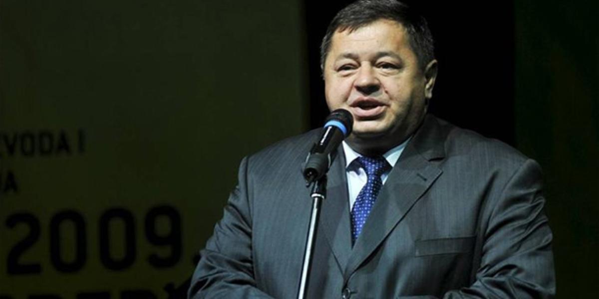 Πρόστιμο σε υπουργό που κάπνιζε σε…κλειστό χώρο! | Newsit.gr