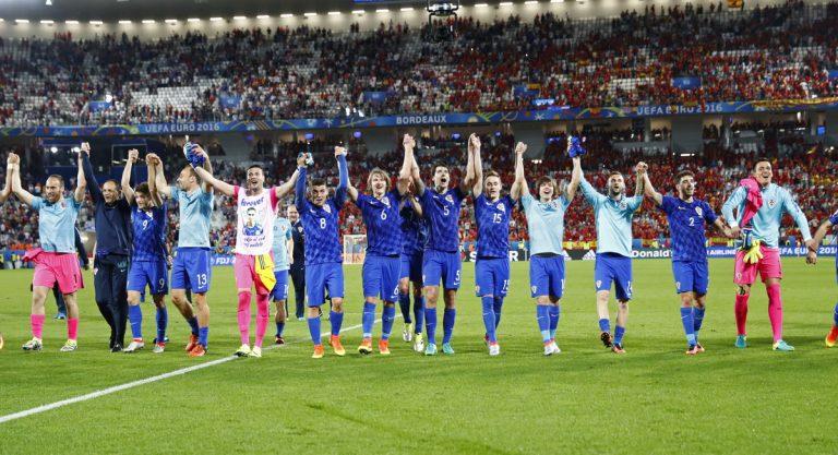 Euro 2016: Aνατροπή και πρωτιά η Κροατία!   Newsit.gr
