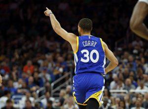 NBA: Ο Κάρι πέρασε τον Στογιάκοβιτς! Ιστορική «ταπείνωση» για Λέικερς [vids]