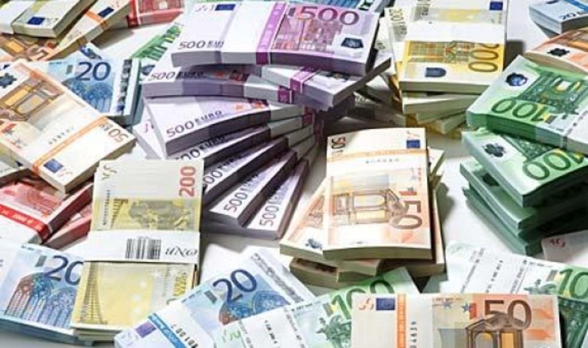 Σχέδιο για πάγωμα των κυπριακών τραπεζικών καταθέσεων επ' αόριστον!   Newsit.gr
