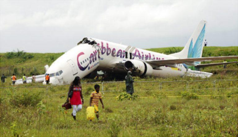Έπεσε μπόινγκ με 157 επιβάτες- Σώθηκαν όλοι! – Δείτε το βίντεο | Newsit.gr