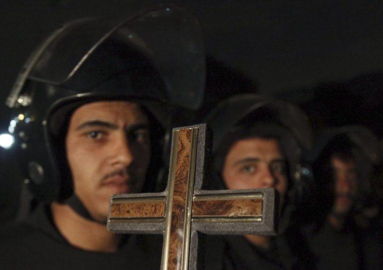 Εις θάνατον Αιγύπτιος για το φόνο έξι Χριστιανών | Newsit.gr