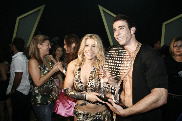 Τι γίνεται με τις καταγγελίες για το «Dancing with the stars»   Newsit.gr