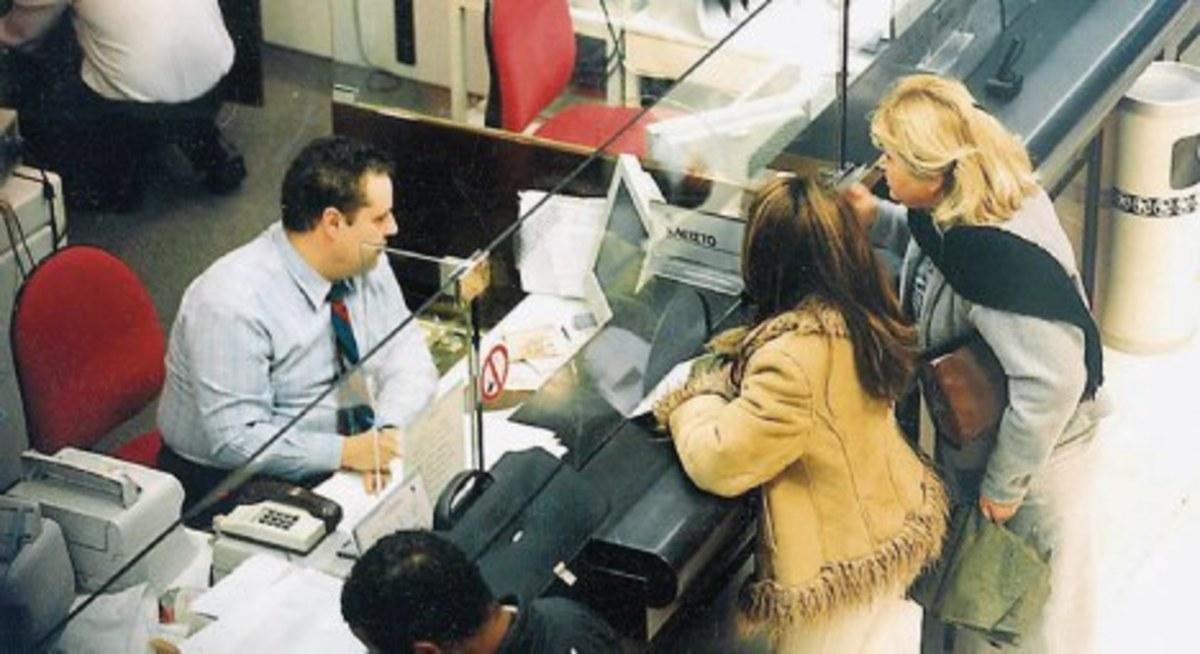 Σαρωτικές αλλαγές στις τράπεζες από την Τετάρτη | Newsit.gr