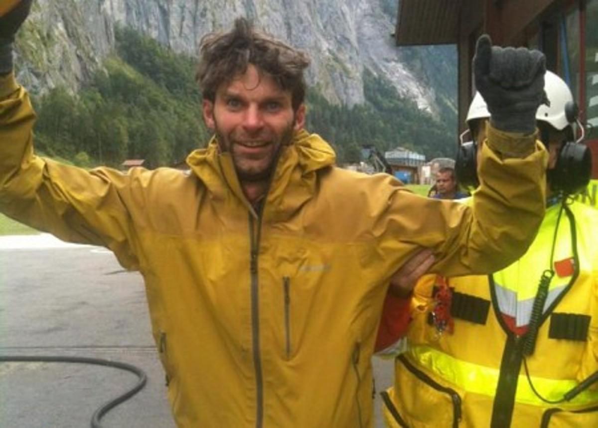 Τον έσωσαν από γκρεμό στις Άλπεις χάρη στο facebook | Newsit.gr