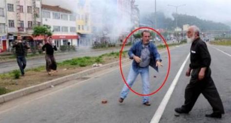 Καζάνι που βράζει η Τουρκία – Αποκλειστικό: Αυτός είναι ο διαδηλωτής που λίγο μετά έπεσε νεκρός | Newsit.gr