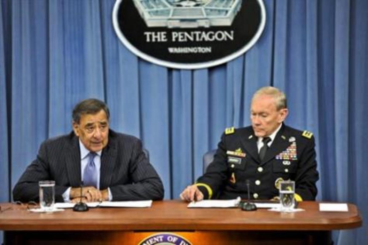 Ρουκέτα κατά του αεροπλάνου του Αρχηγού των Αμερικανικών ΕΔ,στο Αφγανιστάν   Newsit.gr
