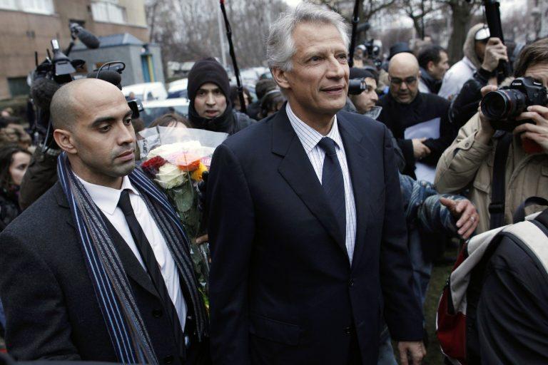 Αθώος ο Ντε Βιλπέν για συκοφαντία στον Σαρκοζί   Newsit.gr