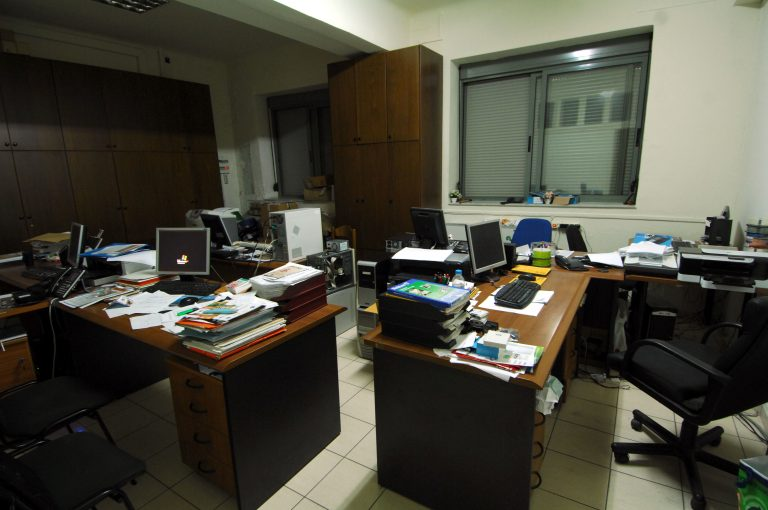 Πως η διαθεσιμότητα γίνεται απόλυση από το Δημόσιο – Σε 10 μέρες οι πρώτες λίστες υπαλλήλων | Newsit.gr