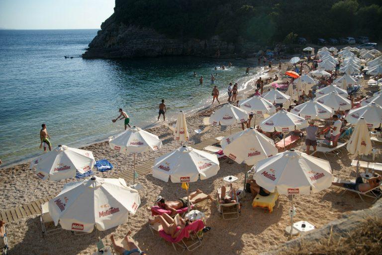 Επιπλέον άδεια για όποιον αρρωστήσει στις διακοπές του | Newsit.gr