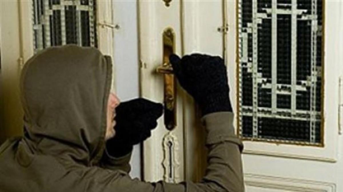 Άνδρας διέρρηξε το σπίτι της πρώην του 100 φορές!!! | Newsit.gr