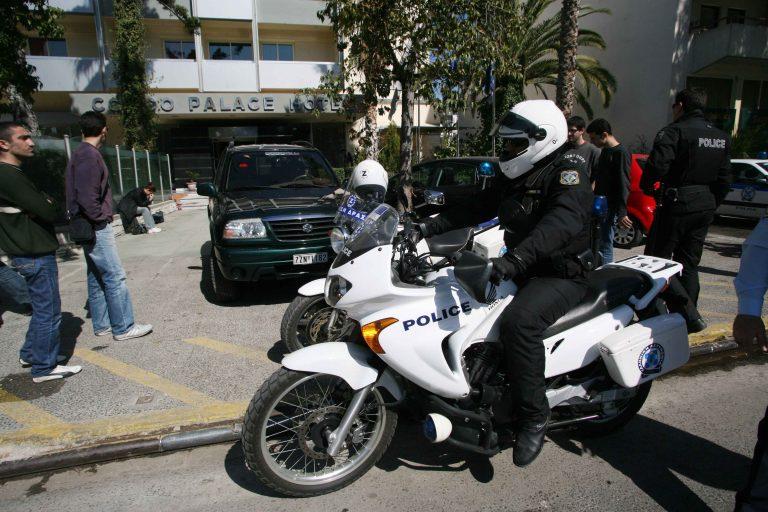 Γιάννενα: Ρήμαξαν το δημαρχείο και το αυτοκίνητο του δημάρχου! | Newsit.gr