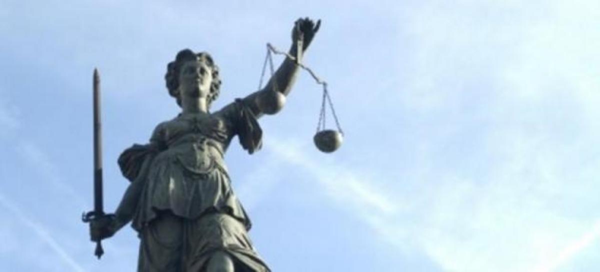 Τα δάκρυα του δικαστή σε μια ομιλία-σοκ προς τους συναδέλφους του   Newsit.gr