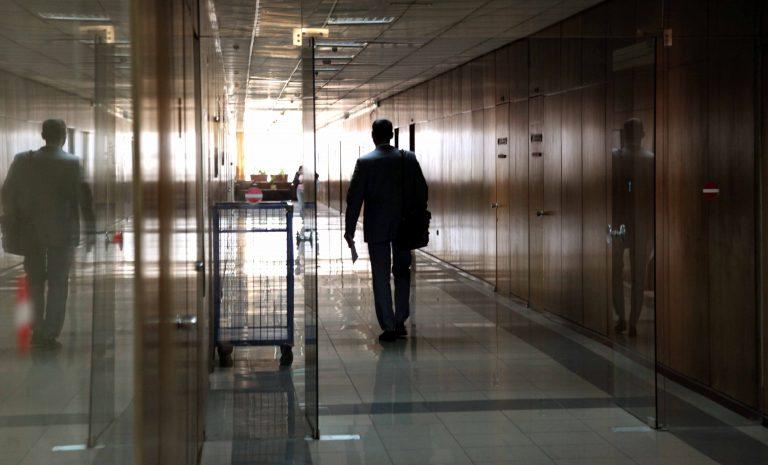 Απέχουν και σήμερα οι δικηγόροι | Newsit.gr