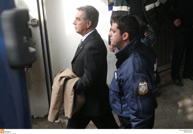 Τι ενόχλησε τον Βασίλη Παπαγεωργόπουλο το βράδυ στο κελί του | Newsit.gr