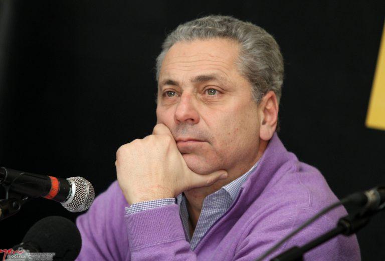 Δεν σήκωσε το… γάντι ο Δημητρέλος | Newsit.gr