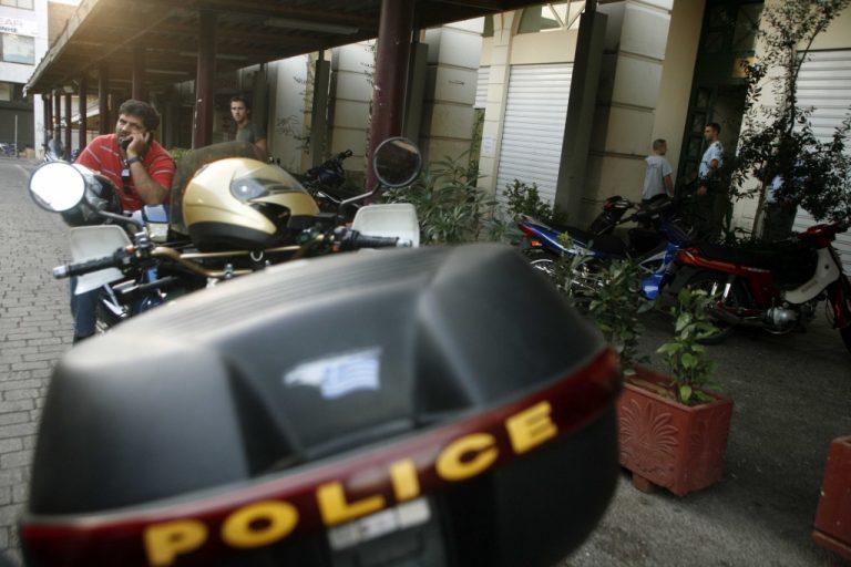 Γιος δημοτικού συμβούλου μαχαίρωσε υπάλληλο της Δημοτικής Αστυνομίας! | Newsit.gr