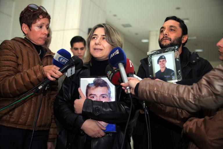 Κραυγή των γονιών στη δίκη για το διπλό φονικό στο Ρέντη – Παρών και ο υπόδικος που είχαν αφήσει ελεύθερο | Newsit.gr