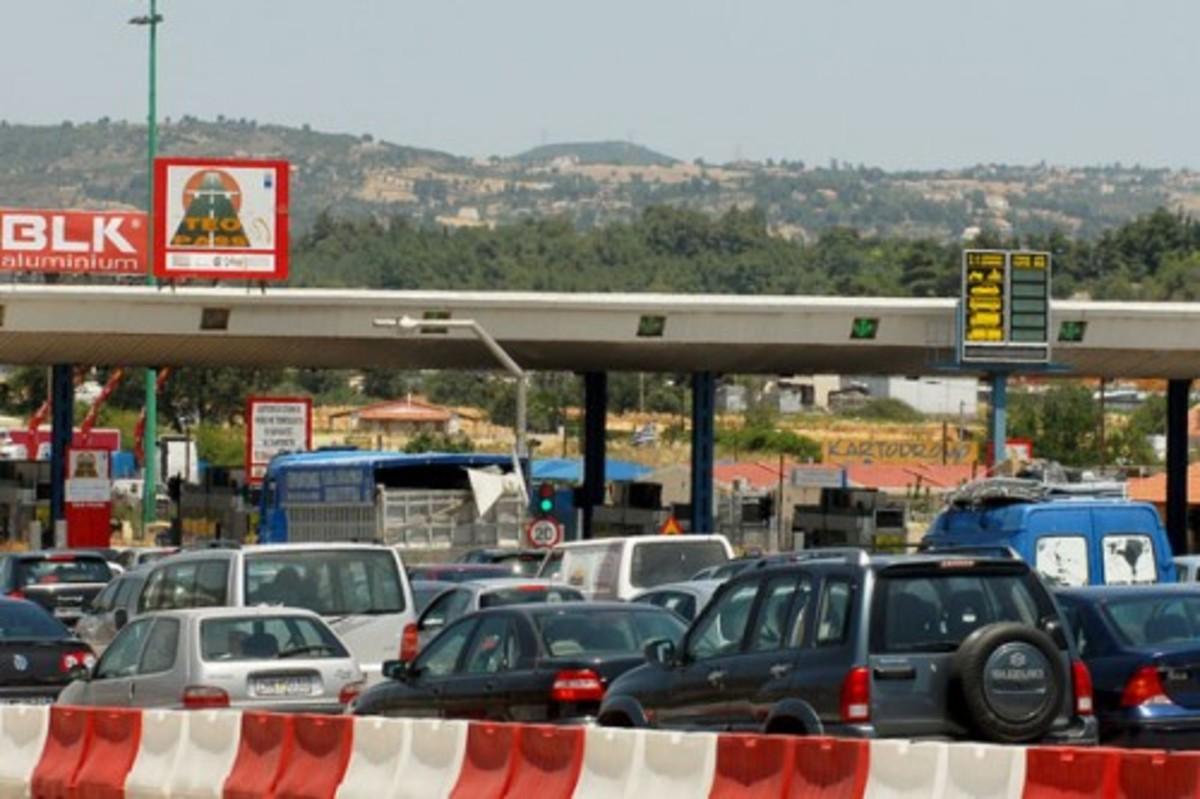 Κανονικά η κίνηση των οχημάτων στην εθνική οδό Πατρών-Κορίνθου | Newsit.gr