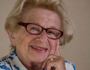 Η διάσημη σεξολόγος Δρ. Ρουθ καλεσμένη της sex editor Ειρήνης Χειρδάρη