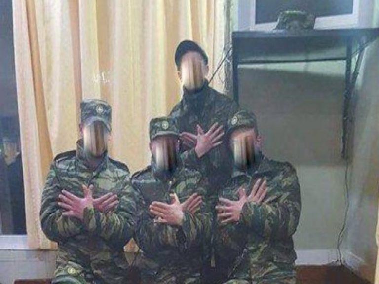 «Σκανάρουν» τα κινητά των φαντάρων με τον «αλβανικό αετό» | Newsit.gr