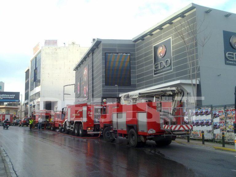 Εκαψαν το νυχτερινό κέντρο που τραγουδάει ο Σ.Ρουβάς | Newsit.gr