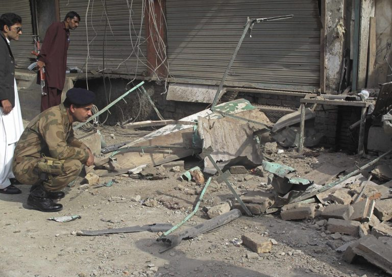 Βομβιστικές επιθέσεις στη Χερσόνησο του Σινά | Newsit.gr