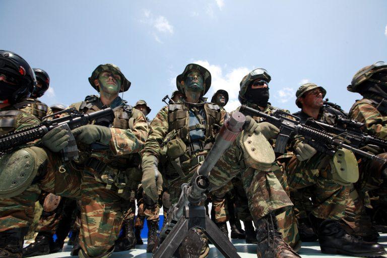 Κόβουν 12% και φύλλα πορείας στους στρατιωτικούς από 1 Ιανουαρίου 2013! | Newsit.gr