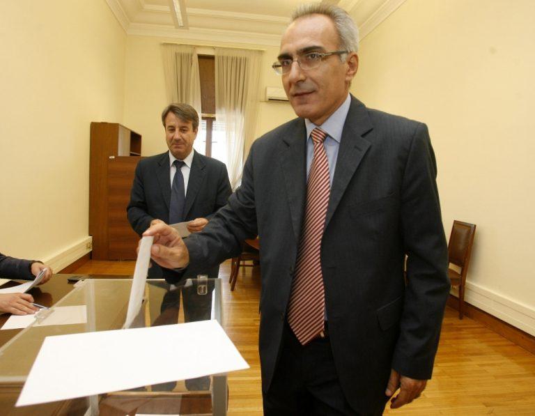 Ποιός είναι ο νέος γραμματέας του ΠΑΣΟΚ | Newsit.gr