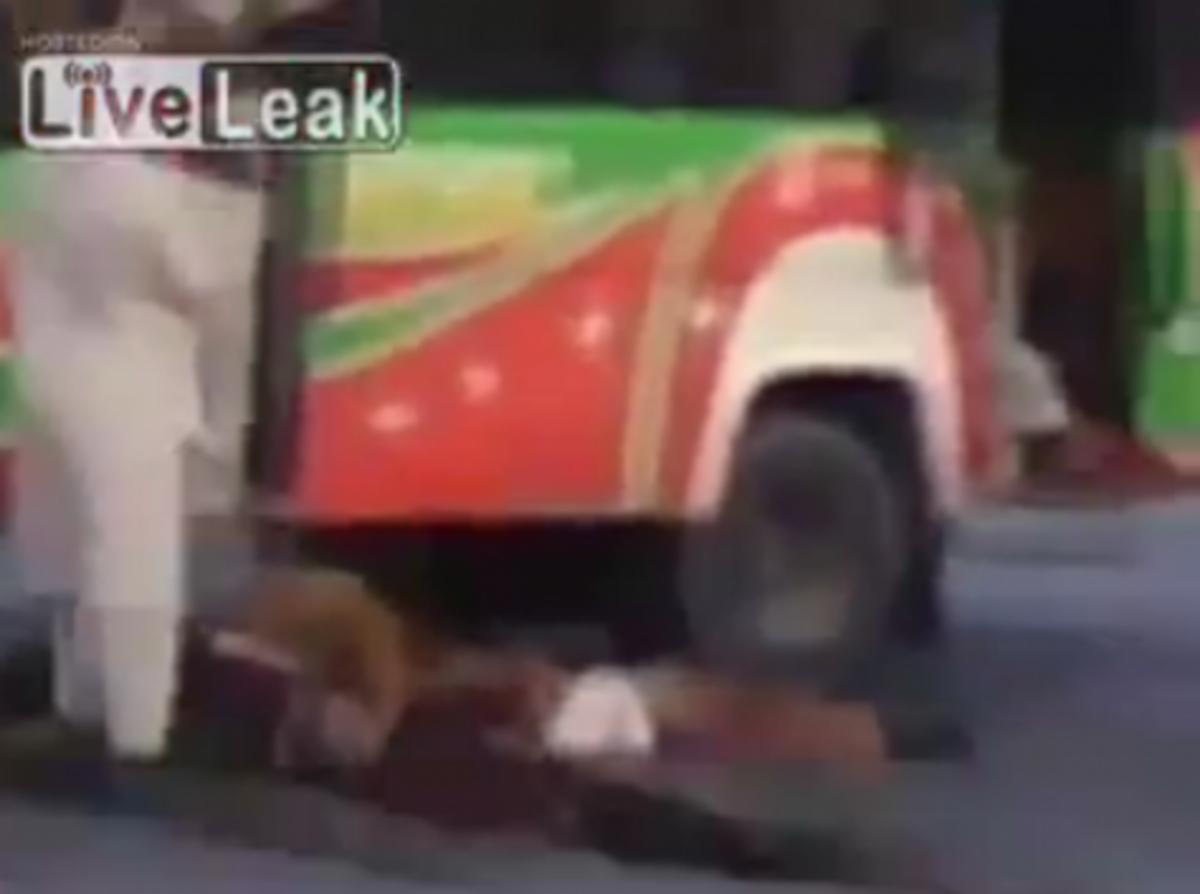 Βίντεο-σοκ από Αφγανιστάν – Εκτέλεσαν τους επιβάτες λεωφορείου,γιατί «δεν ήταν καλοί μουσουλμάνοι» | Newsit.gr