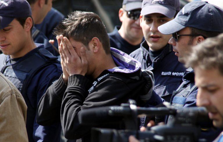 Γροθιά στον ρατσισμό! Ναι από το ΣτΕ στο αίτημα Δένδια για γραφεία κατά της ρατσιστικής βίας | Newsit.gr