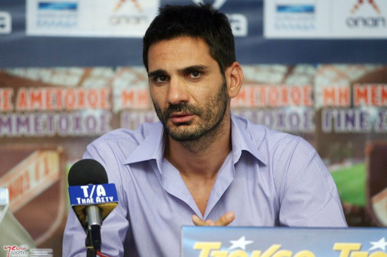 Παρουσιάστηκε ο Ελευθερόπουλος και ζήτησε να «ματώσουν» οι παίκτες | Newsit.gr