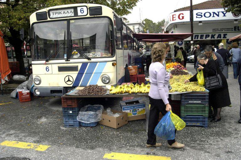 Τρίκαλα: Πρωτοφανές! Οδηγός δάγκωσε στη λαϊκή παραγωγό! | Newsit.gr