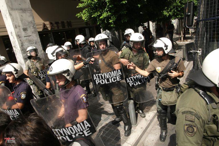 Επεισόδια μεταξύ οπαδών της ΑΕΚ και του Παναθηναϊκού | Newsit.gr