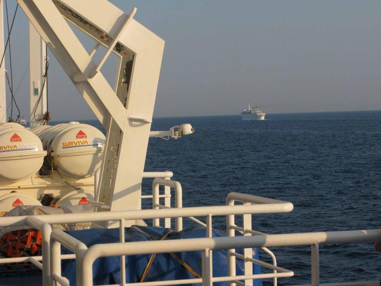 Ηράκλειο: Επιβάτης πλοίου στη θάλασσα! | Newsit.gr