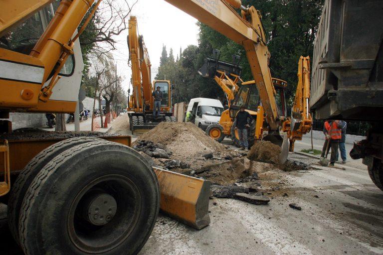 Προσοχή στα έργα στη Μεσογείων τη νύχτα   Newsit.gr