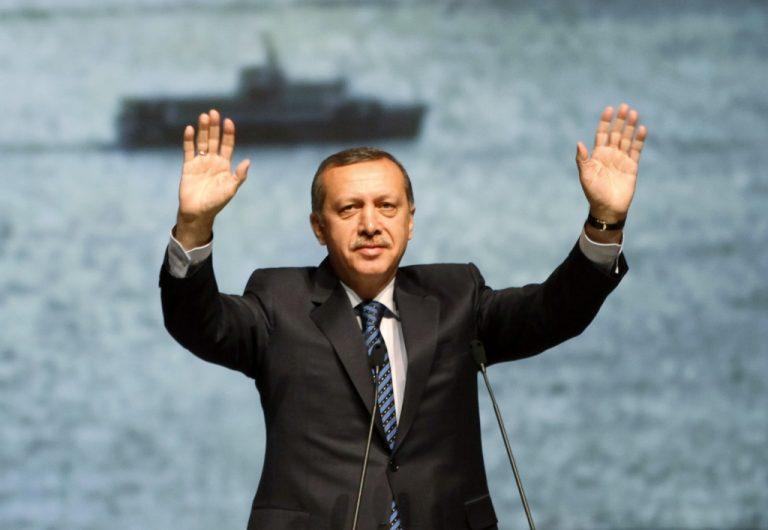 Ροζ βίντεο απειλούν τις τουρκικές εκλογές   Newsit.gr
