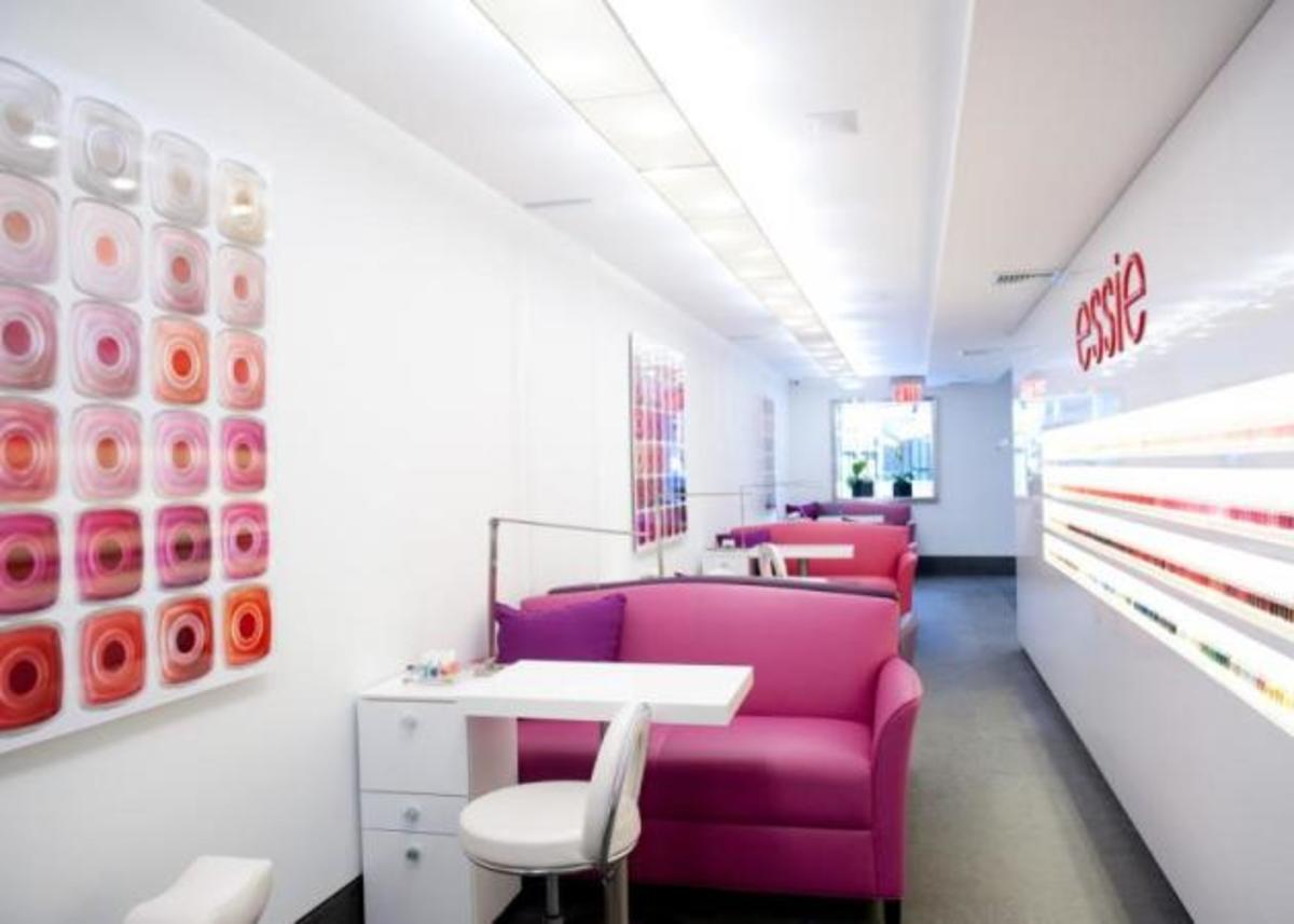 Mayday! Mayday! Άνοιξε το πρώτο Essie Nail Salon! | Newsit.gr