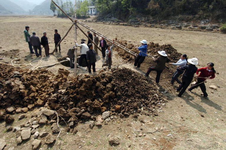 Χτίζουν φράγμα και εκτοπίζουν κατοίκους; | Newsit.gr