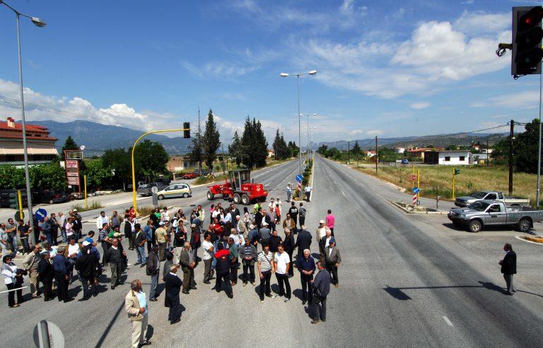 Αχαϊα: Έκλεισαν την Ε.Ο. Κορίνθου-Πατρών για τον Καλλικράτη | Newsit.gr