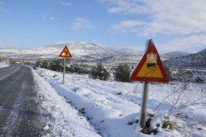Καιρός: Απαγόρευση κυκλοφορίας βαρέων οχημάτων στην  Αθηνών – Πατρών και την  Κορίνθου – Πατρών