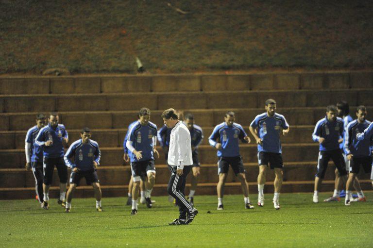 «Θα μας λέιψετε μετά τις 11 Ιουλίου όταν θα γυρίσετε στην Ελλάδα με το κύπελλο» | Newsit.gr