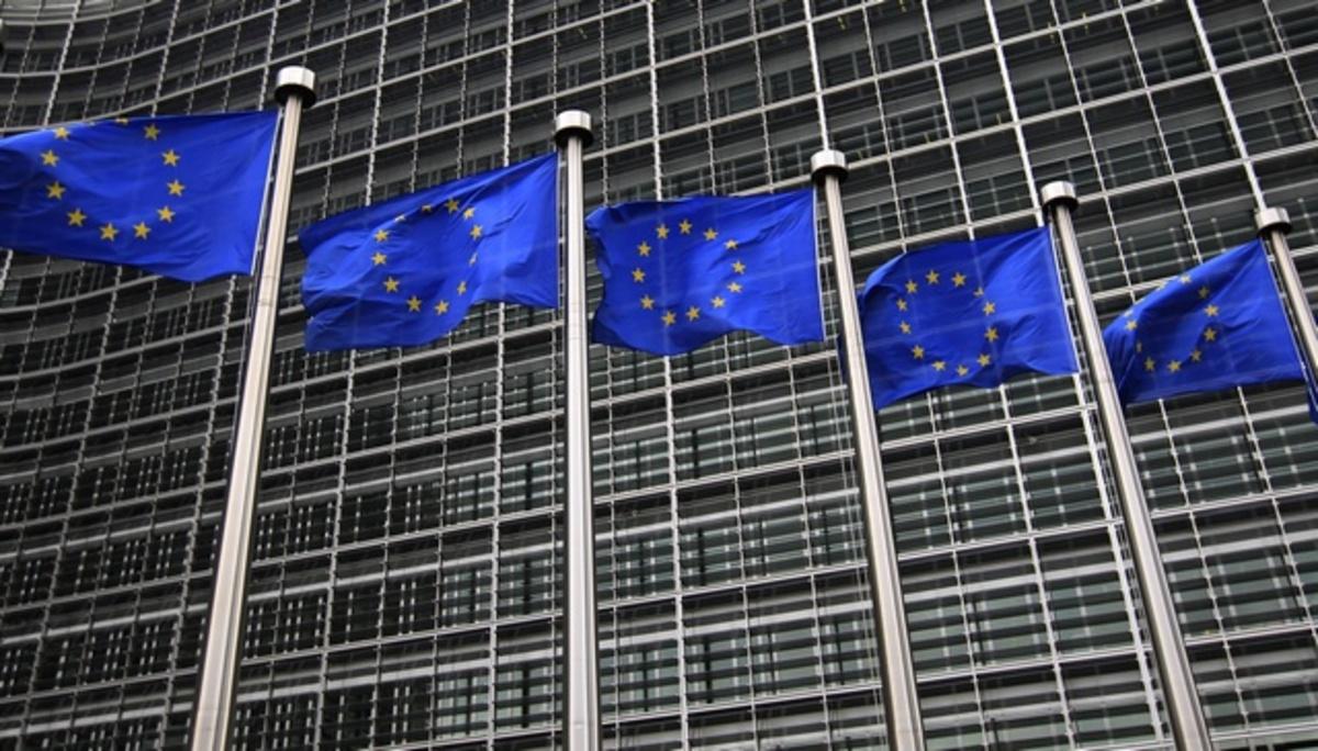Τι προβλέπει η Κομισιόν για Ισπανία και Γαλλία; | Newsit.gr