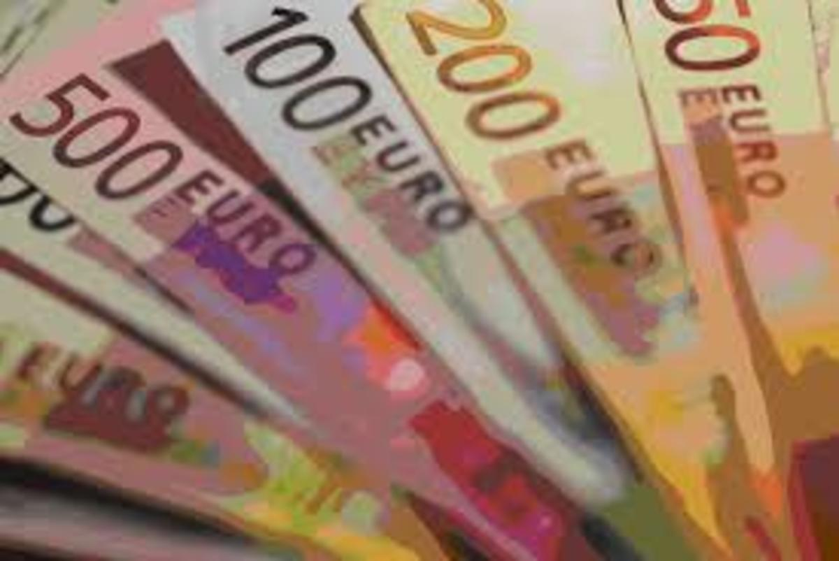 Εφοριακοί και πολεοδόμοι με «χρυσές καταθέσεις» παραμένουν στο απυρόβλητο | Newsit.gr
