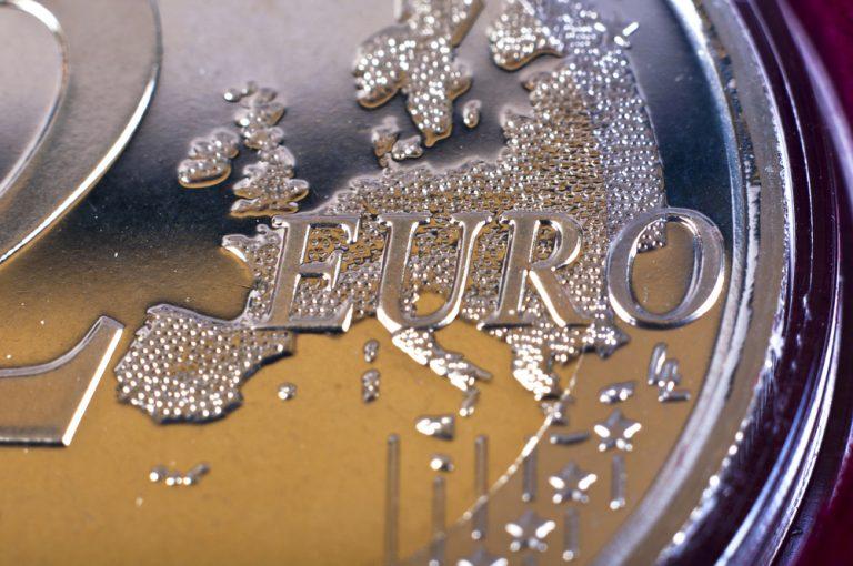 Σβόμποντα και Γκίζι προειδοποιούν για εξαθλίωση της Ελλάδας εκτός ευρώ   Newsit.gr