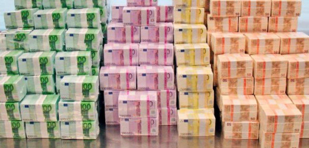 Οι τραπεζίτες καπέλωσαν τους πολιτικούς; | Newsit.gr