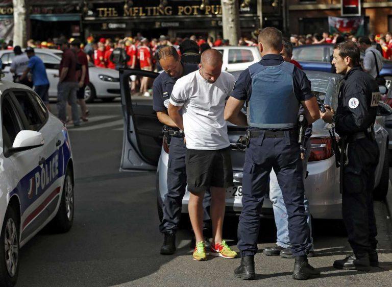 Euro 2016: Οι Γάλλοι ξεπέρασαν τις 500 συλλήψεις απαδών | Newsit.gr